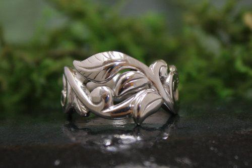 Wanderlust Ring in 14k White Gold