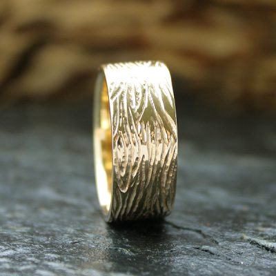 14k Gold Men's Wedding Band, Mahogany Drift