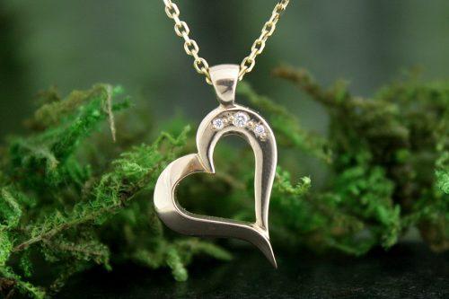 Heart's Desire Diamond Pendant