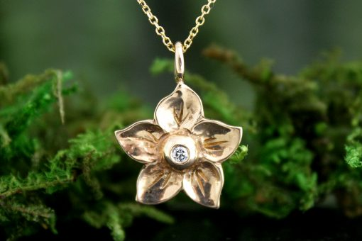 Solitaire Diamond Flower Pendant in 14k Gold