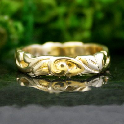 Athena Wedding Band in 14k Gold