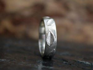 Men's Leafy Ring in 14k White Gold