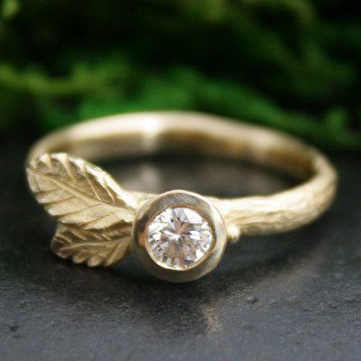 Salal Leaf Diamond Stacking Ring