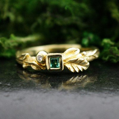 Emerald Nymph Ring in 18k Gold