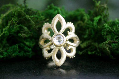 Fleur De Lis Ring in 18k Gold and Rose Cut Diamond