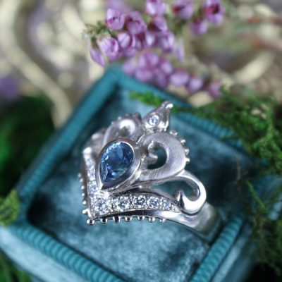Jasmine Ring with Teal Sapphire in Palladium White Gold