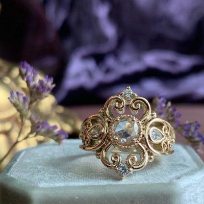 The Luna Diamond Ring