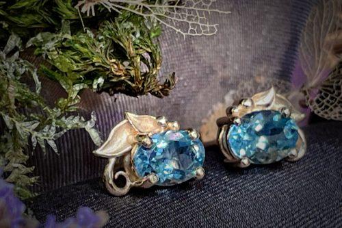 Aquamarine Stud earrings in 14k Gold