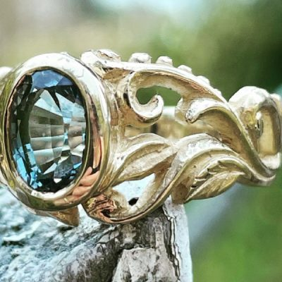 Seda Ring in 14k with Grey Teal Sapphire