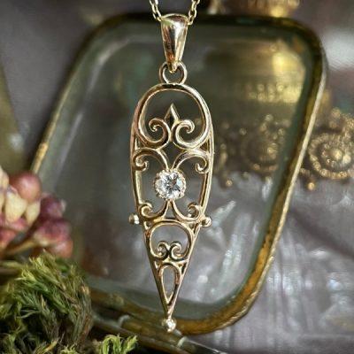 Vienna Pendant in 14k Gold and Diamond