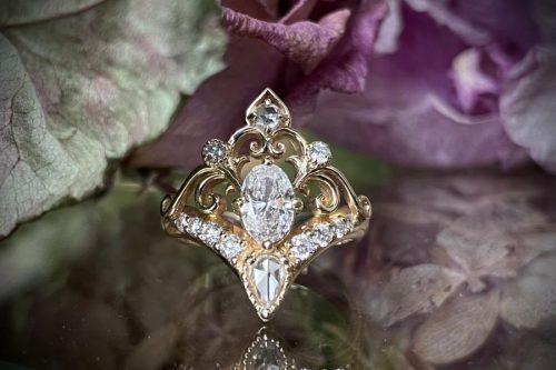 Alya Diamond Ring in 14k Gold